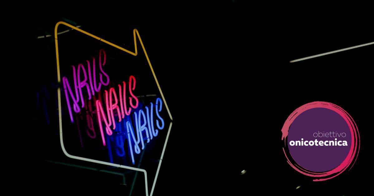 Scritta Nails Nails Nails tipica americana